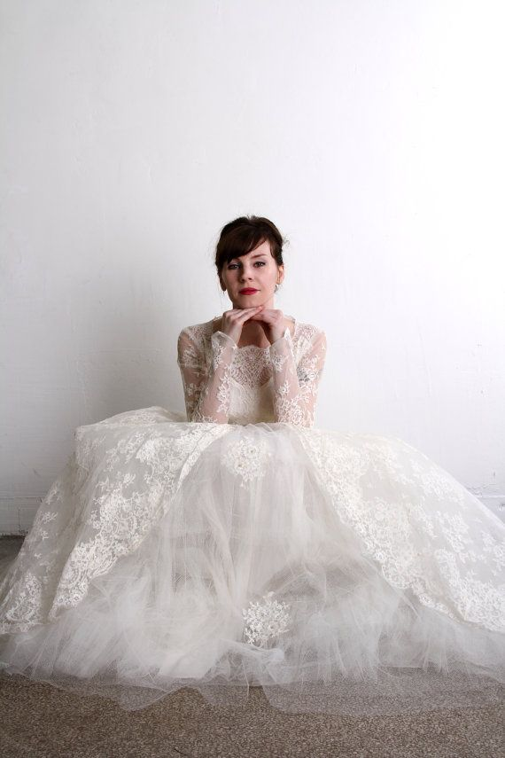 ON HOLD - 1950s Wedding Dress . Vintage Bridal Gown & Veil . Mid ...