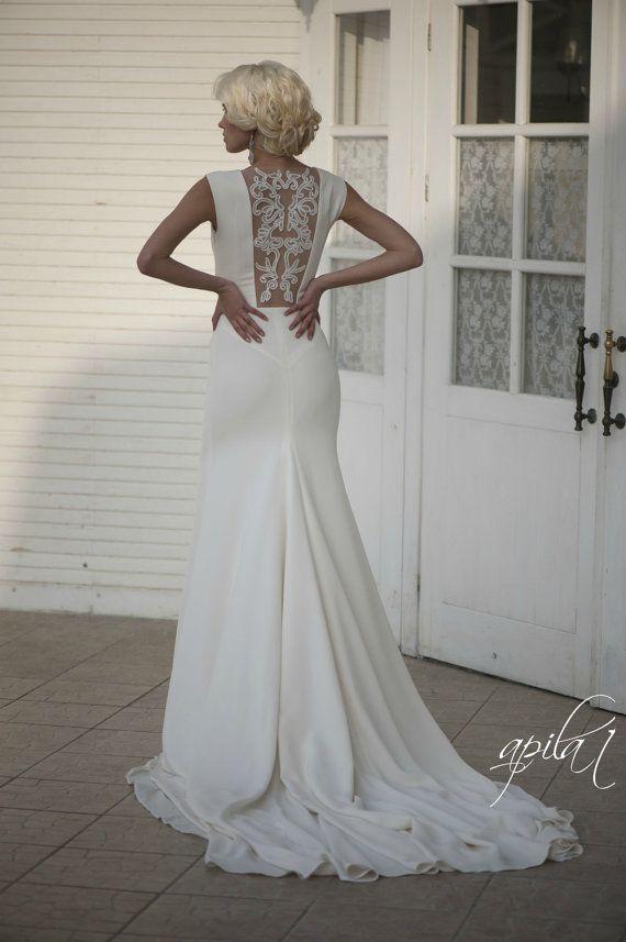 Lange Hochzeitskleid, Elfenbein-Hochzeits-Kleid Mit Offenem Rücken ...