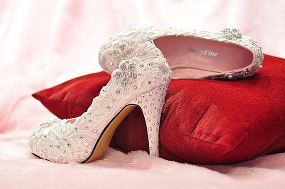زفاف - أزياء اليدوية الزهور أحذية الزفاف مع ملون أحجار الراين الكعوب العالية الحجم 31 إلى 42