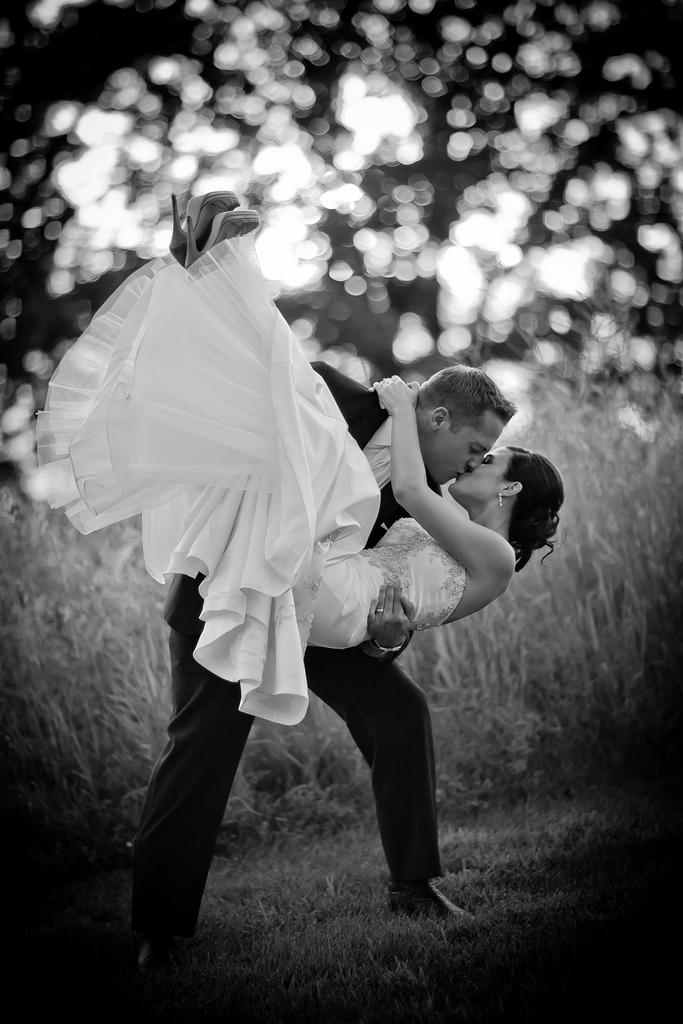 Wedding - Head Over Heels