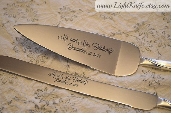 زفاف - اثنين من قلوب - فضة مخصص كعكة الزفاف التي تخدم مجموعة