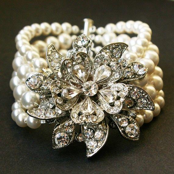 Vintage schmuck  Vintage Style Hochzeits Armband, Ivory White Pearl Hochzeits ...