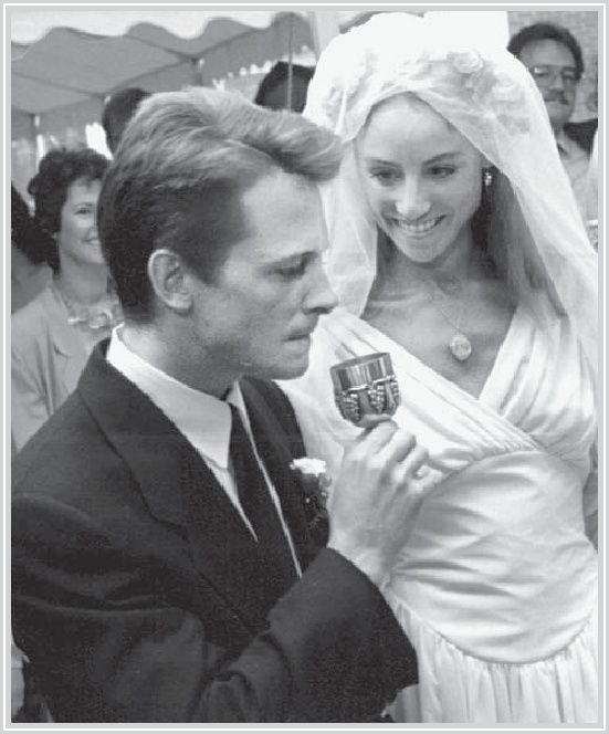 Young fox wedding pictures