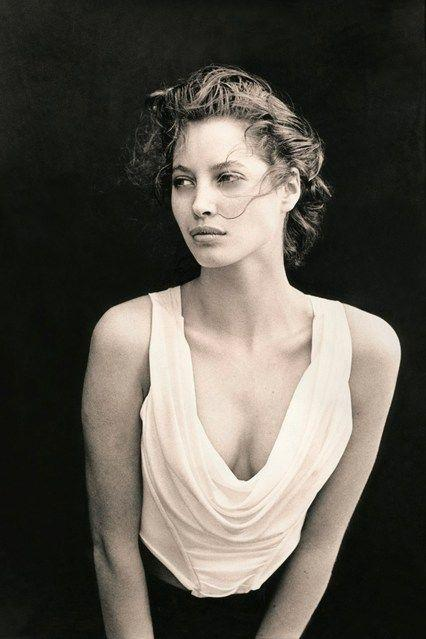 Wedding - Style File - Christy Turlington