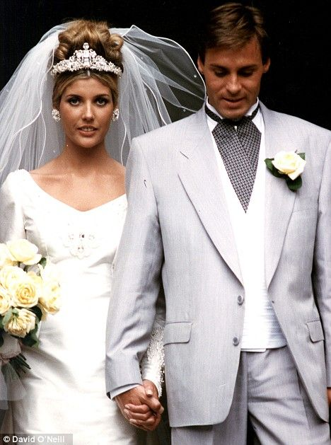 Mariage - Mandy Smith, De Rock Chick Pour poule mère, 20 ans après son mariage avec Bill Wyman
