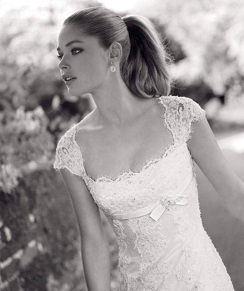 Hochzeit - Lace Lovers Wedding Dress Inspiration