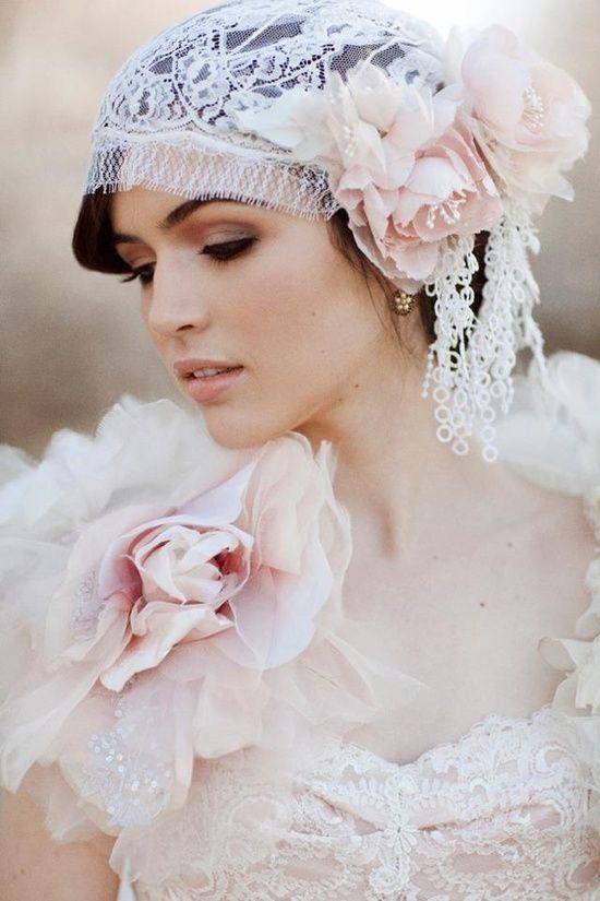Mariage - Pastel Blush Juliette Cap de mariée en soie en dentelle Chantilly Veil 740