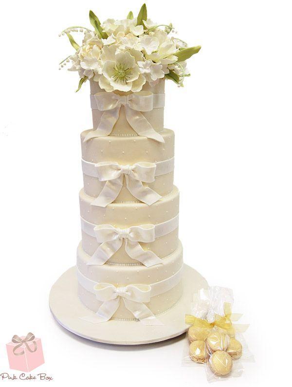 Ivory White Schweizer Punkt Hochzeitstorte Fruhling