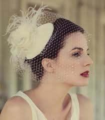 Mariage - Voile de la mariée, Birdcage Veil, fascinateur plume, accessoire cheveux, Bridal Veil, Piece Chef, fleurs de soie, Rose, Ivoire