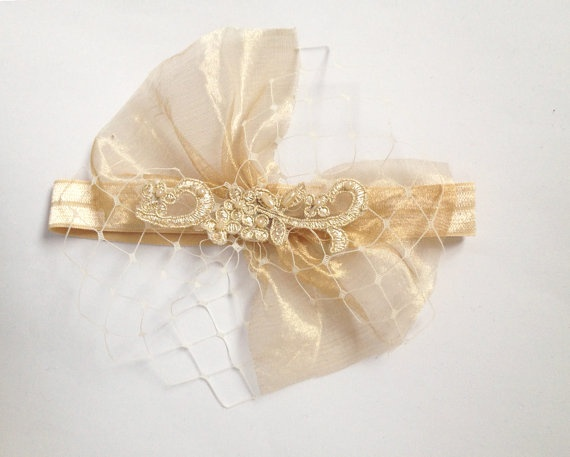 Hochzeit - Hochzeitsstrumpfband mit Gold-Spitze, Veiling und Organza, Glamorous Gold-Strumpfband