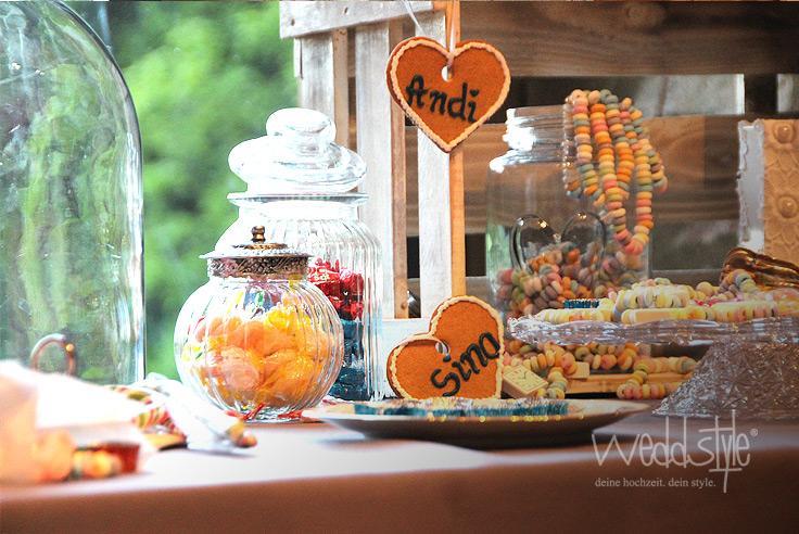 sucrerie de mariage vintage candy bar 2145377 weddbook. Black Bedroom Furniture Sets. Home Design Ideas