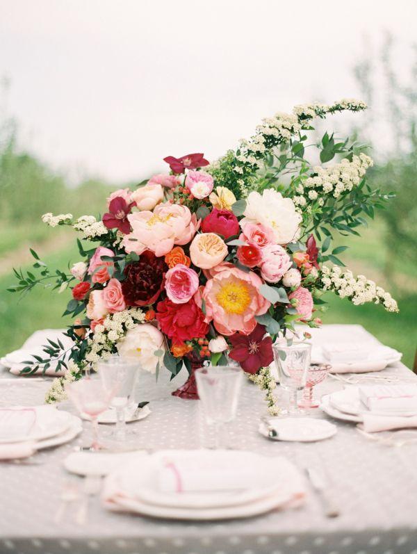Wedding - Elegant Pink And Red Centerpiece