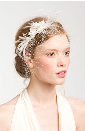 Mariage - Cara 'Whispering Flower' Veil Hair Comb