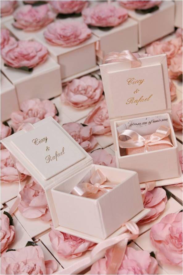 Food Favor Weddings Guest Favors 2155317 Weddbook