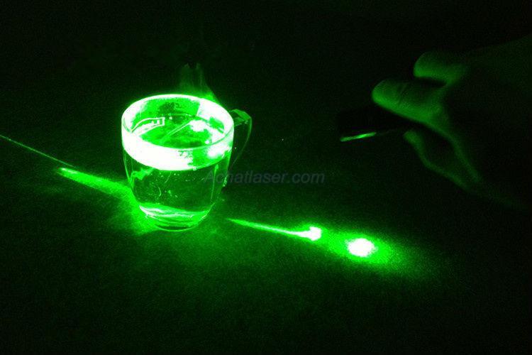 Hochzeit - Pointeur Laser vert 500mW puissant