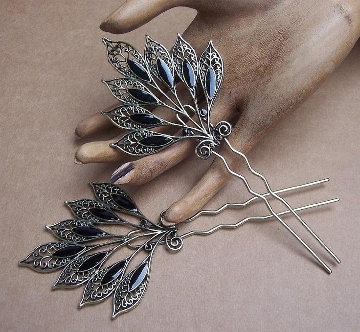 Свадьба - Vintage Hair Combs Matched Pair Silvertone Metal Black Enamel Hair Combs