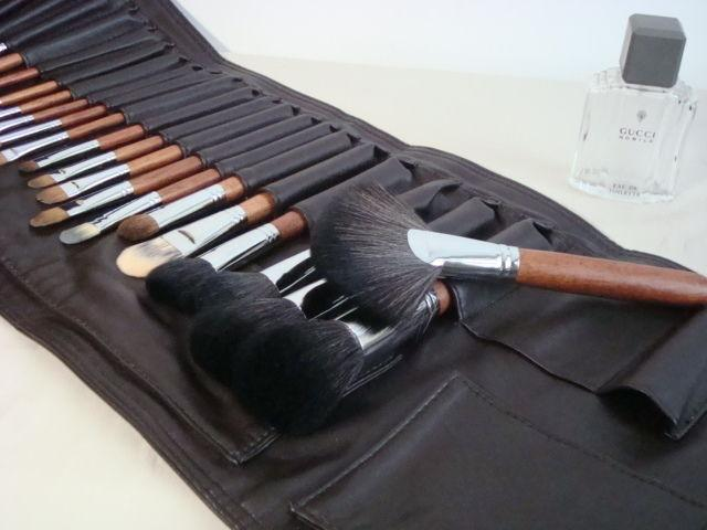Свадьба - MUJI PRO Supermodels Brush Set 26 pcs w/ Case PC2621(new)