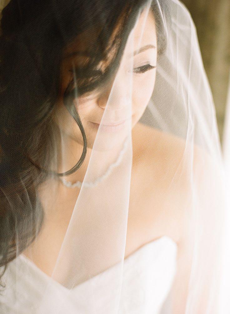 Hochzeit - A Modern Romance Wedding