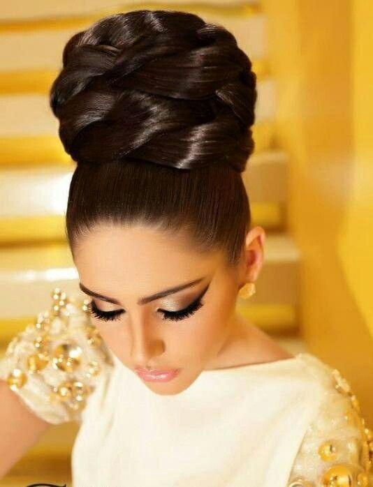 Wedding - A Bride's Bridal Hair
