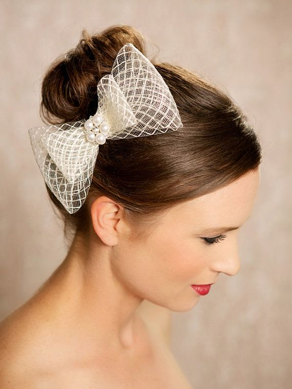 Wedding - Ivory Bow, Bridal Hair Accessories, Birdcage, Crystal Bow Fascinator, Wedding Hair Clip, Vintage Style Headpiece, Bridal Hair Piece