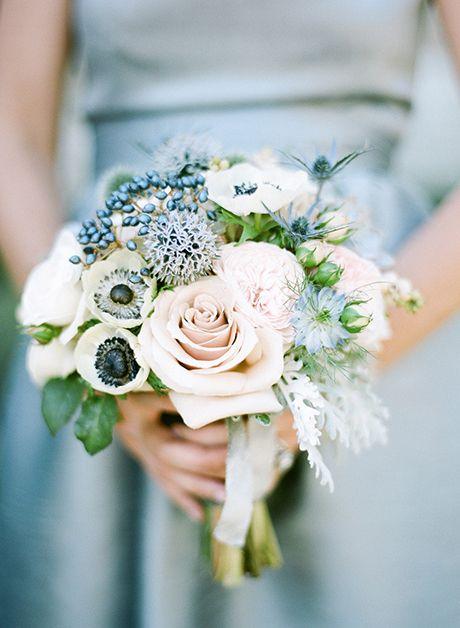 زفاف - Viburnum Berries Wedding Bouquet And Arrangement Ideas: In Season Now