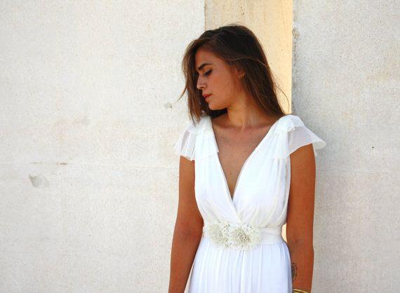 Свадьба - Romantic Wedding Dress With A Floral Belt