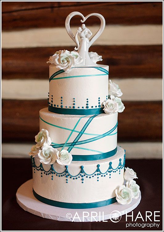 Teal and pink wedding cakes