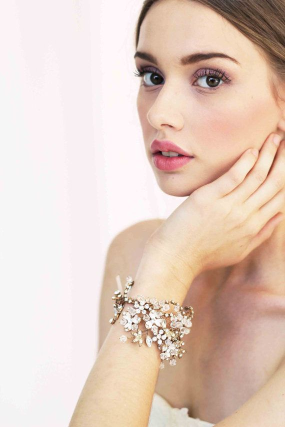 زفاف - Malinda Gold Crystals Bridal Bracelet Wedding Accessory