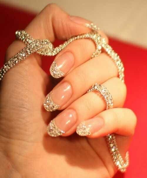 Hochzeit - I Believe In Manicures!