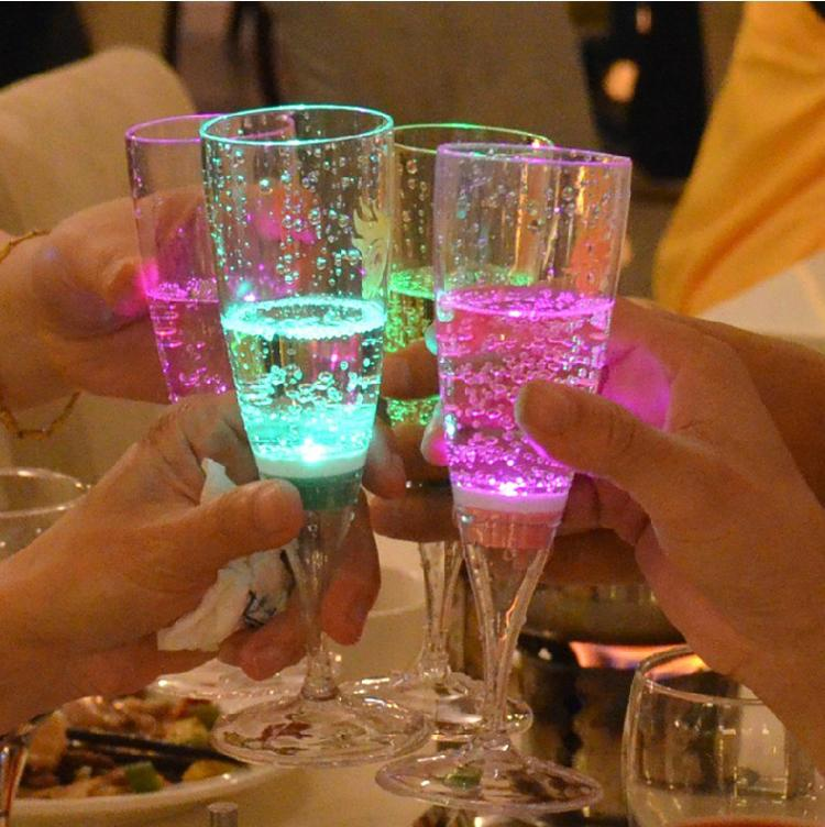 6pcs Lot LED Light Up Acrylic Champagne Wedding Cocktails Party Drink Rosa Glasses Wine CUP
