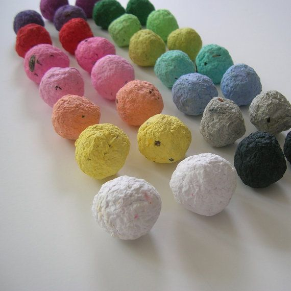 Свадьба - Seed Bombs - Every Color In The Rainbow - Plantable Paper Balls Made Of Recycled Paper & Flower Seeds - Ecofriendly Spring Wedding Favor
