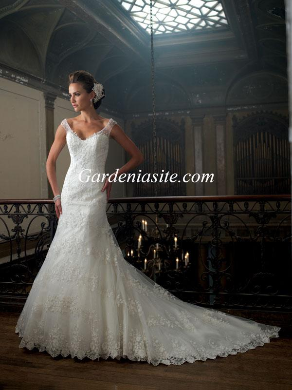 Mariage - Trumpet/Mermaid Off-the-shoulder Chapel Train Appliques Sequins Tulle Wedding Dress 2014