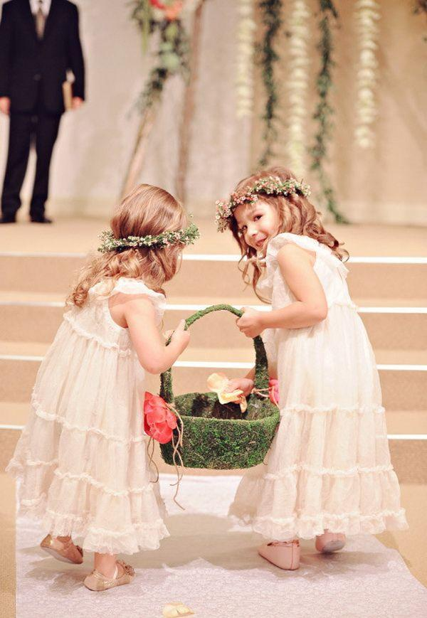 Cute little flower girls dresses sparkle your wedding 2014 for Little flower girl wedding dresses