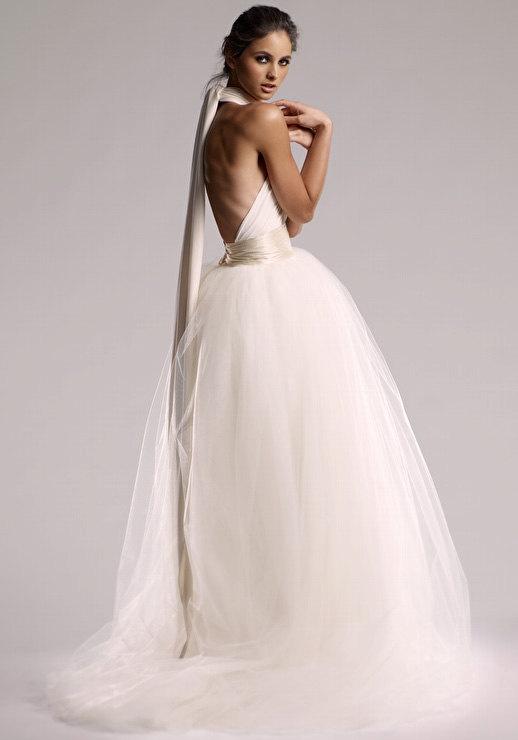 "زفاف - VINTAGE ORIGIN Infinity Wedding Dress In ""Pearl"" White"