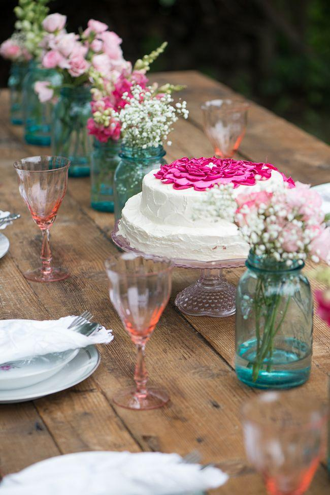 Mariage - Chic And Whimsical Countryside Wedding Inspiration