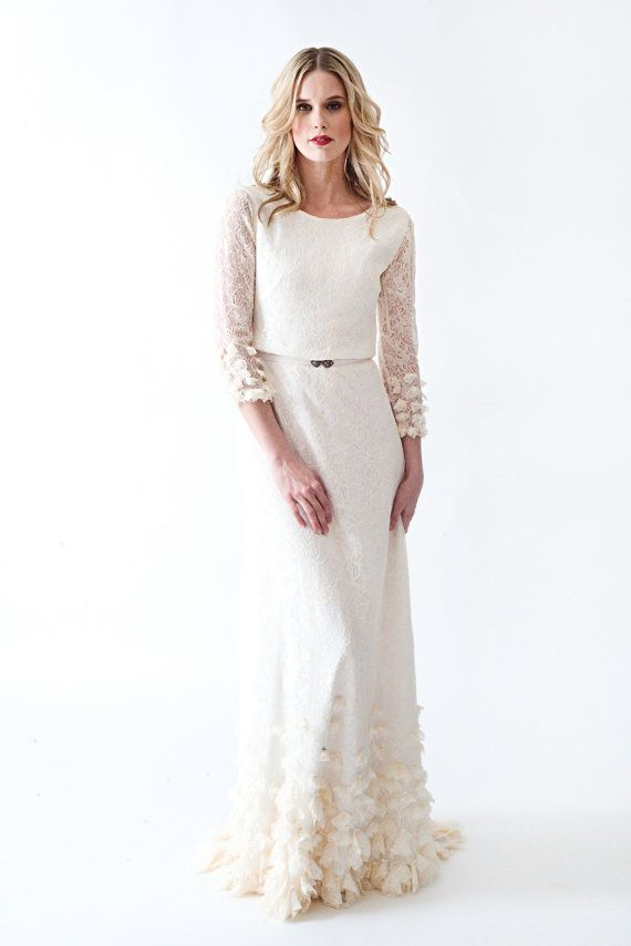 Lace Boho Vintage Wedding Dress With Sleeves Open Back And BEAUTIFUL ...