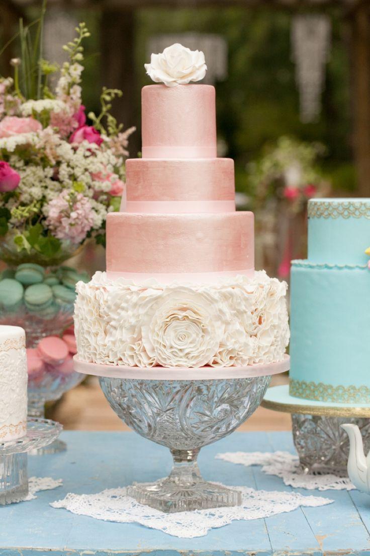 Gateaux De Mariage 8 Unique Wedding Cake Ideas 2165432