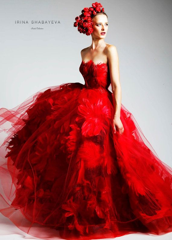 Irina Shabayeva Couture Feather Bouquet Ball Gown 2168369