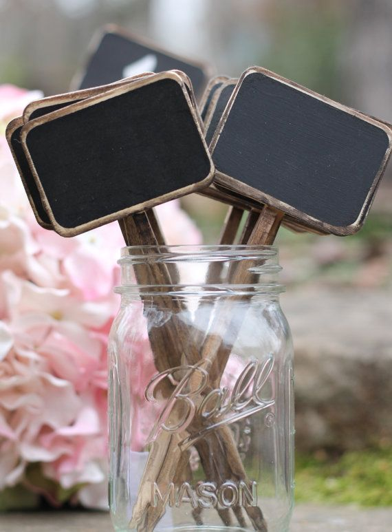 Mariage - Chalkboard Table Numbers Rustic Chalkboard Signs Distressed Wedding Chalkboard Sticks, Cupcake Topper, Shabby Chic Wedding, Set Of 10