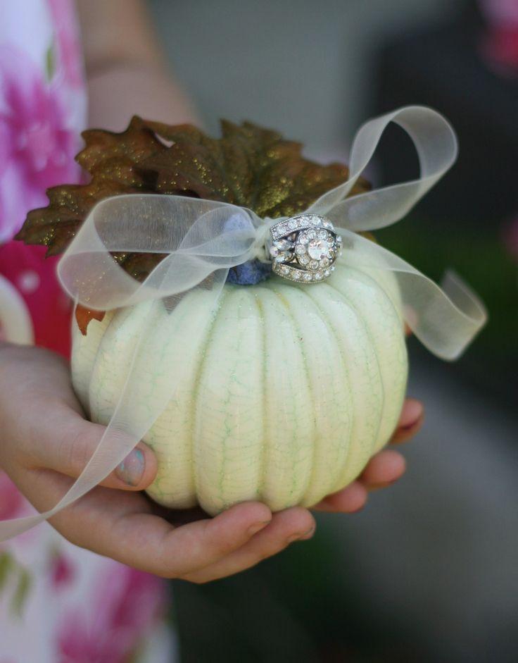زفاف - Ring Bearer Pillow Fall Pumpkin