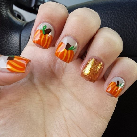 Hochzeit - 60 Fall Inspired Nail Designs: Leaves, Owls, Pumpkins   More!