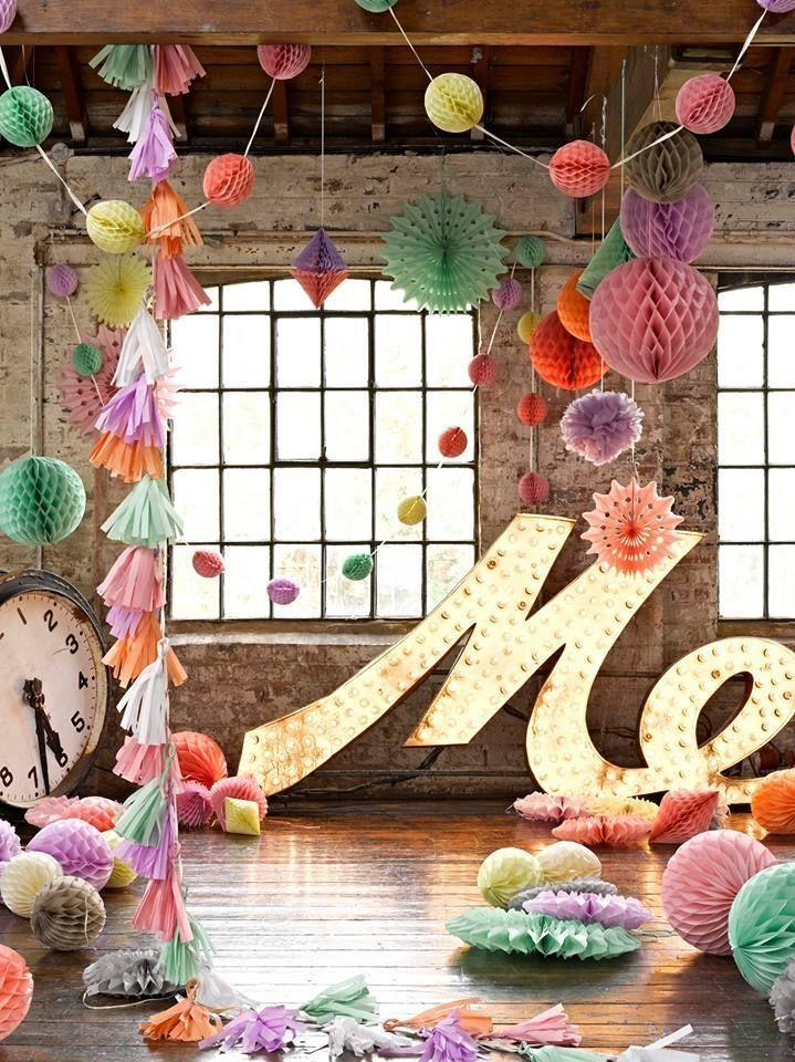 Mariage - Hanging Decorations Mixed & Large Pastel Tissue Paper Honeycomb Balls Pom Poms