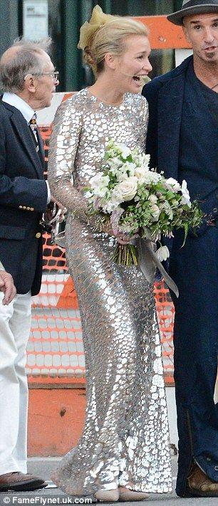 Piper perabo marries stephen kay at new orleans themed wedding piper perabo marries stephen kay at new orleans themed wedding junglespirit Choice Image