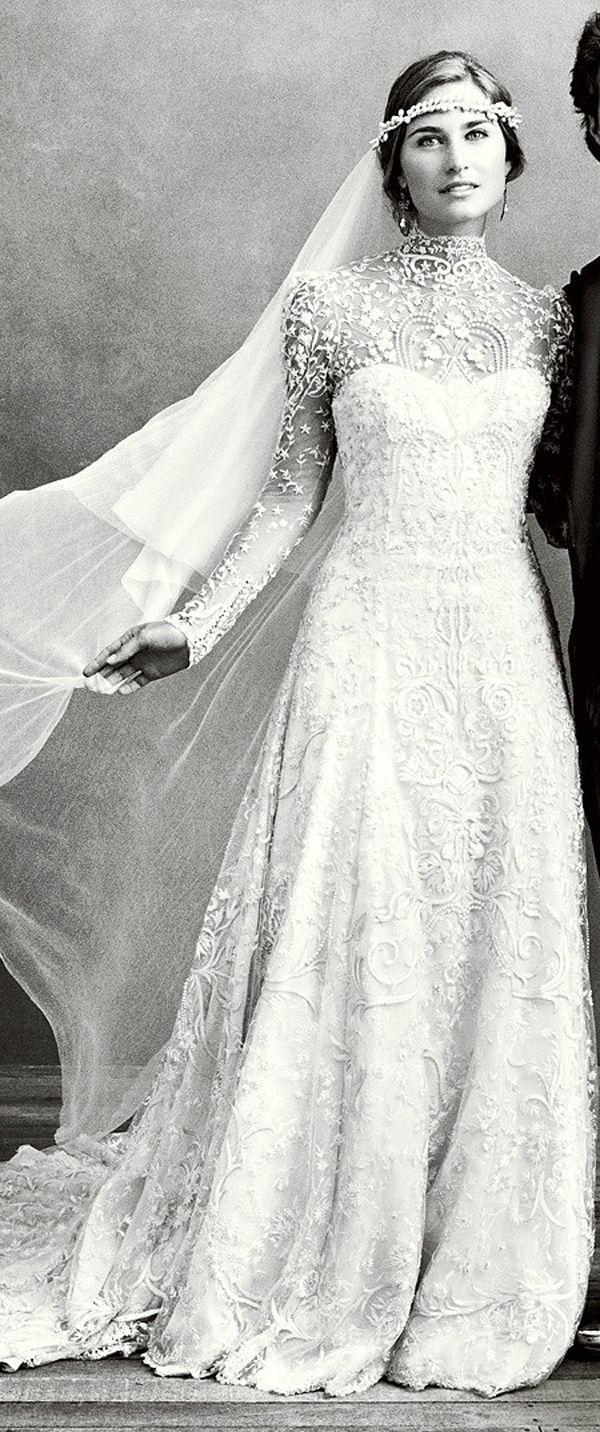 Свадьба - Hot Wedding Trends: Wedding Dresses With High Necklines