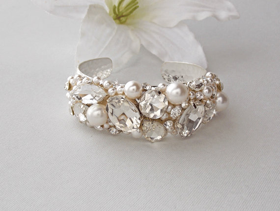 Wedding Bracelet Bridal Pearl Cuff Crystal Swarovski Vintage Carrie
