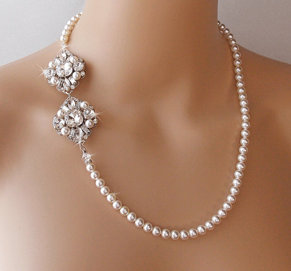 Pearl Necklace Styles: Pearl Wedding Necklace, Bridal Pearl Necklace, Statement
