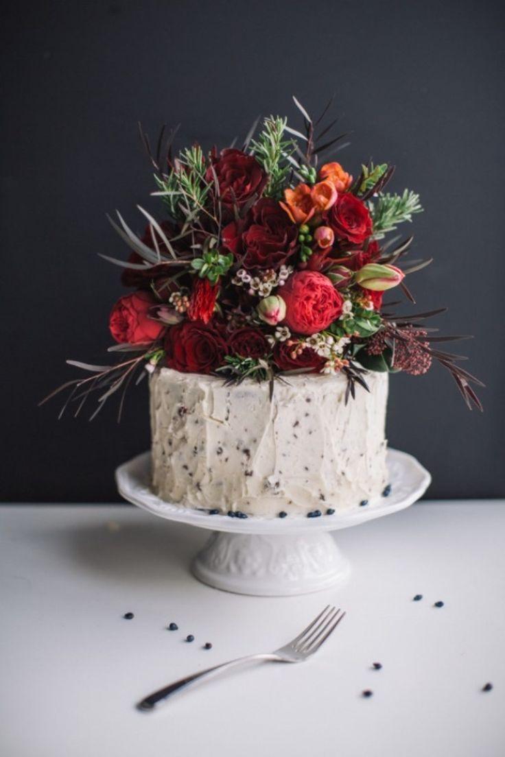 Свадьба - Red Velvet Cake With Swiss Meringue Buttercream