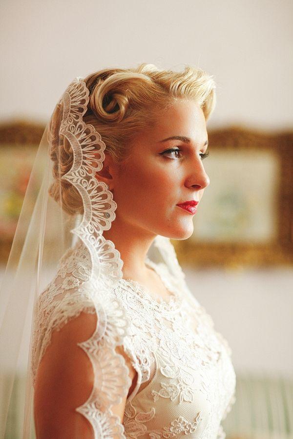 Hochzeit - Blue Label Vendor : Handmade Travel Wedding By Apryl Ann