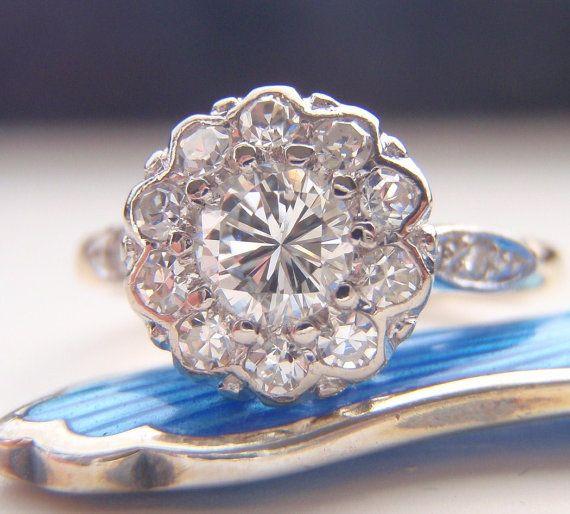 Wedding - Engagement Ring. Vintage Diamond Cluster Flower Design. Quality 18K Gold & Platinum. Full Of Life And Sparkle. Adorable