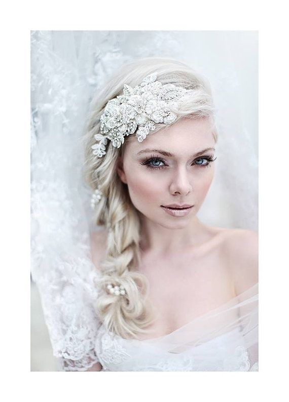 Boda - My Enchanting Miriam Bridal Hairpiece - Shimmering Hair Piece With Flowers, Crystals, Lace And Pearls